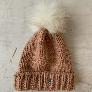 EXPRESS Blush PomPom Hat